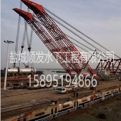 """2014年""""秦航工1""""成功吊装大型反应器"""